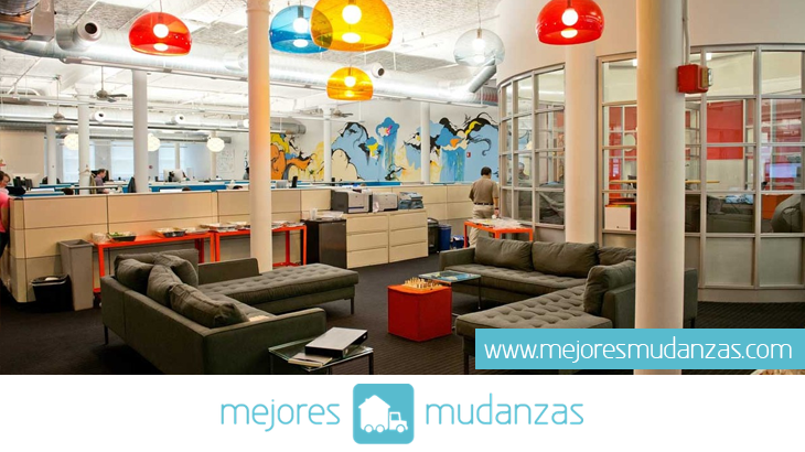Realizando mudanzas de oficina for Mudanza oficina