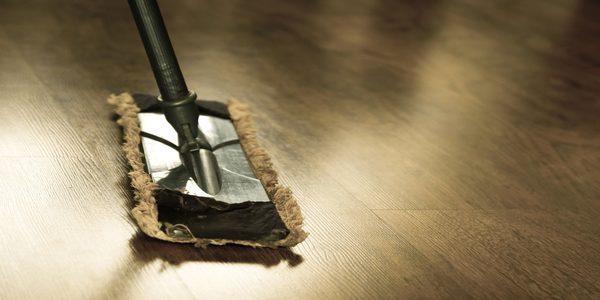 Cuidado de los pisos con las mudanzas